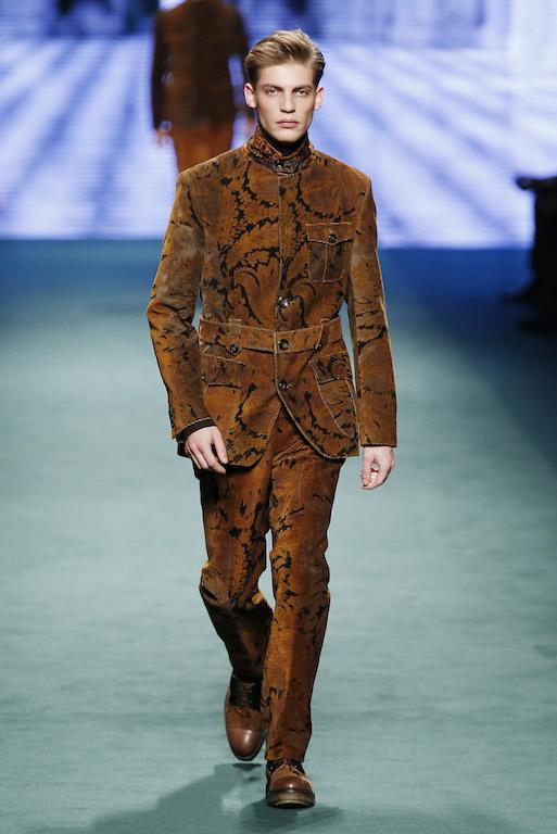 super popular 4c823 f45c9 Milano Moda Uomo gennaio 2015: la sfilata di Etro   Moda a ...