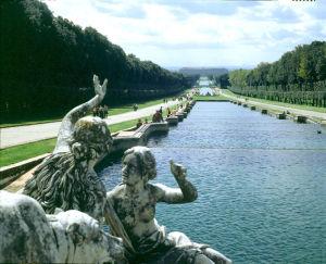 Reggia di Caserta Parco delle Cascatelle Ph APT Caserta Archivio Grandi Giardini Italiani