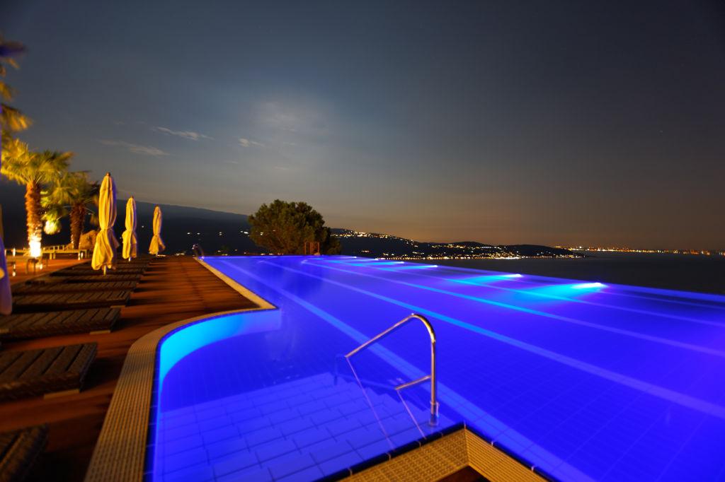 6 Le Fay Resort_Infinity_Pool_at_night