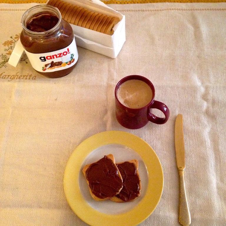 Conosciuto Nutella parla i dialetti italiani JN87
