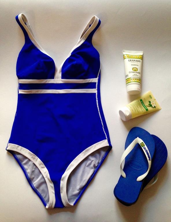 kit piscina con costume soloblu