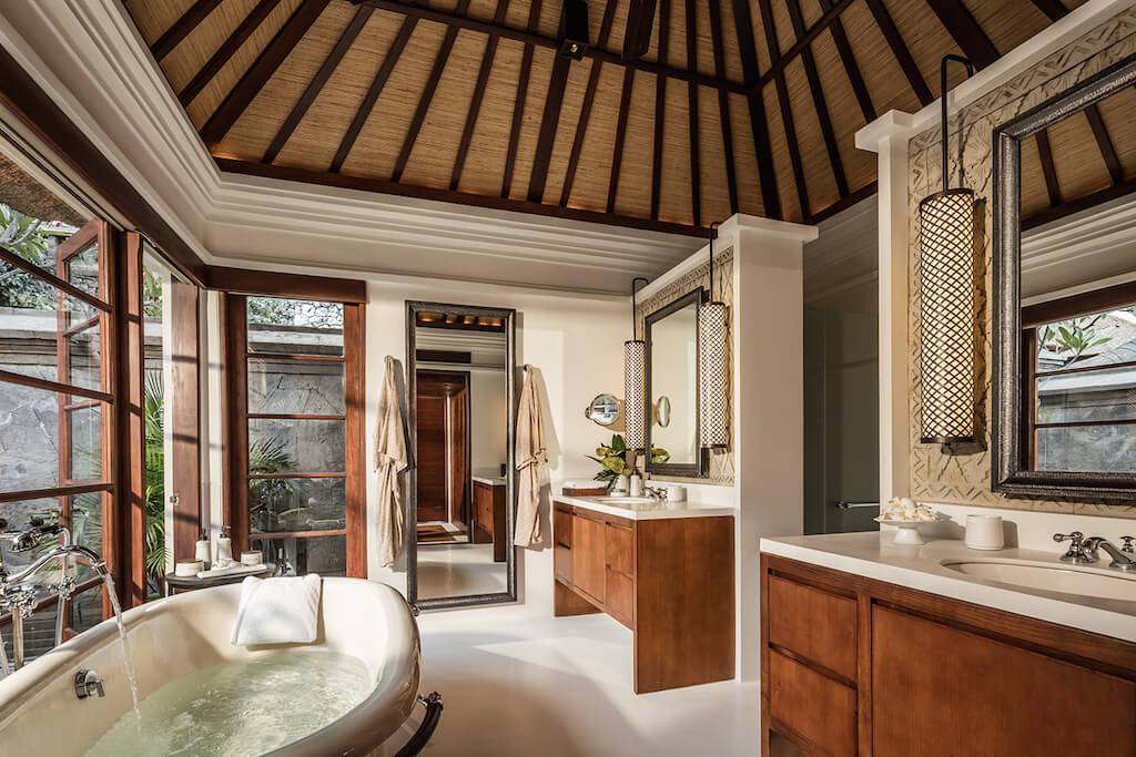 Premier-Villa-Bathroom