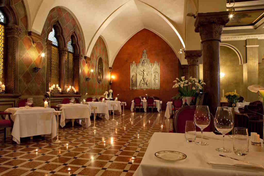 DTH_Restaurant