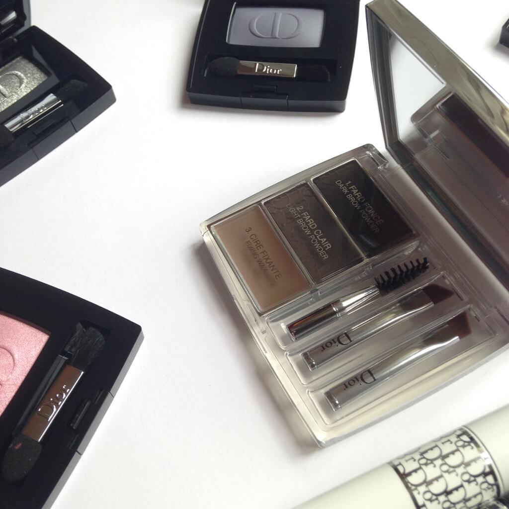 Sguardo seducente con Diorshow, i prodotti makeup creati nei backstage Dior