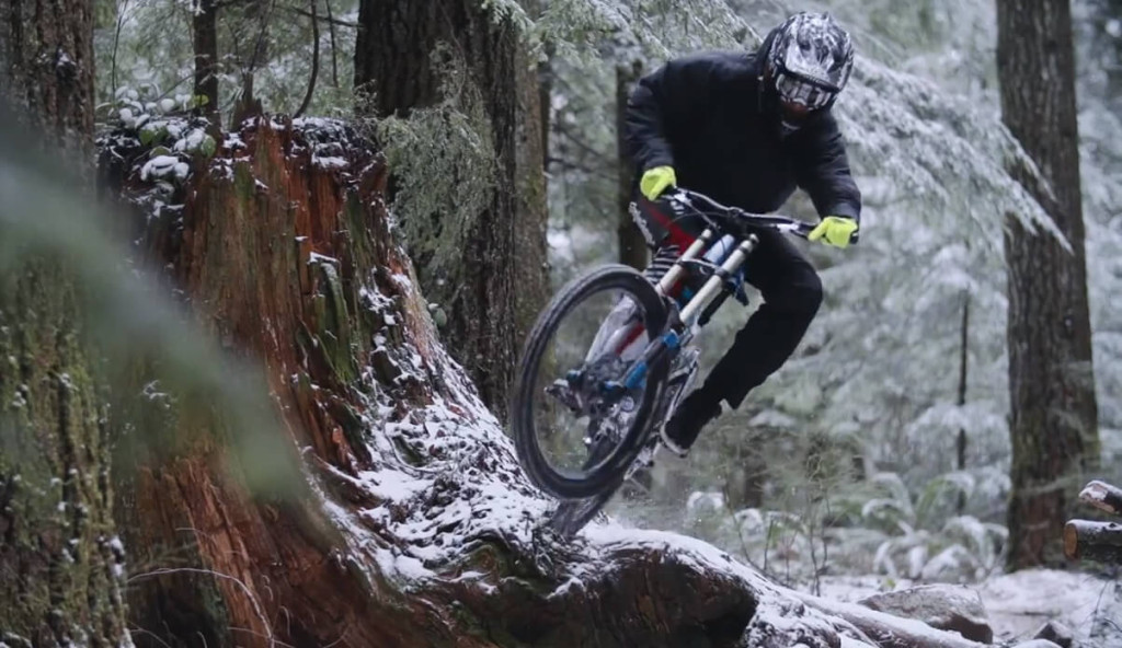 2-snow-downhill
