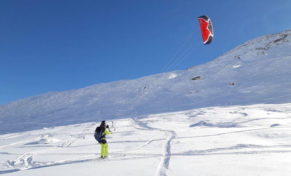 3-snowkite-sci