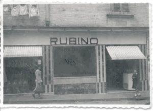 Bar rubino