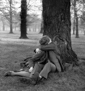 (1945), Ralph Morse