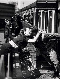 Londra (1940), Topical Press Agency