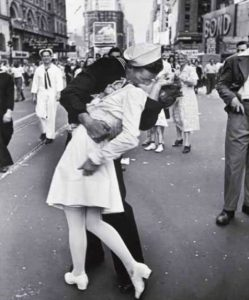 V-J Day in Times Square (1945), Alfred Eisenstaedt