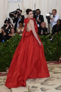 Anne Hathaway Met Gala 2018 dress Valentino