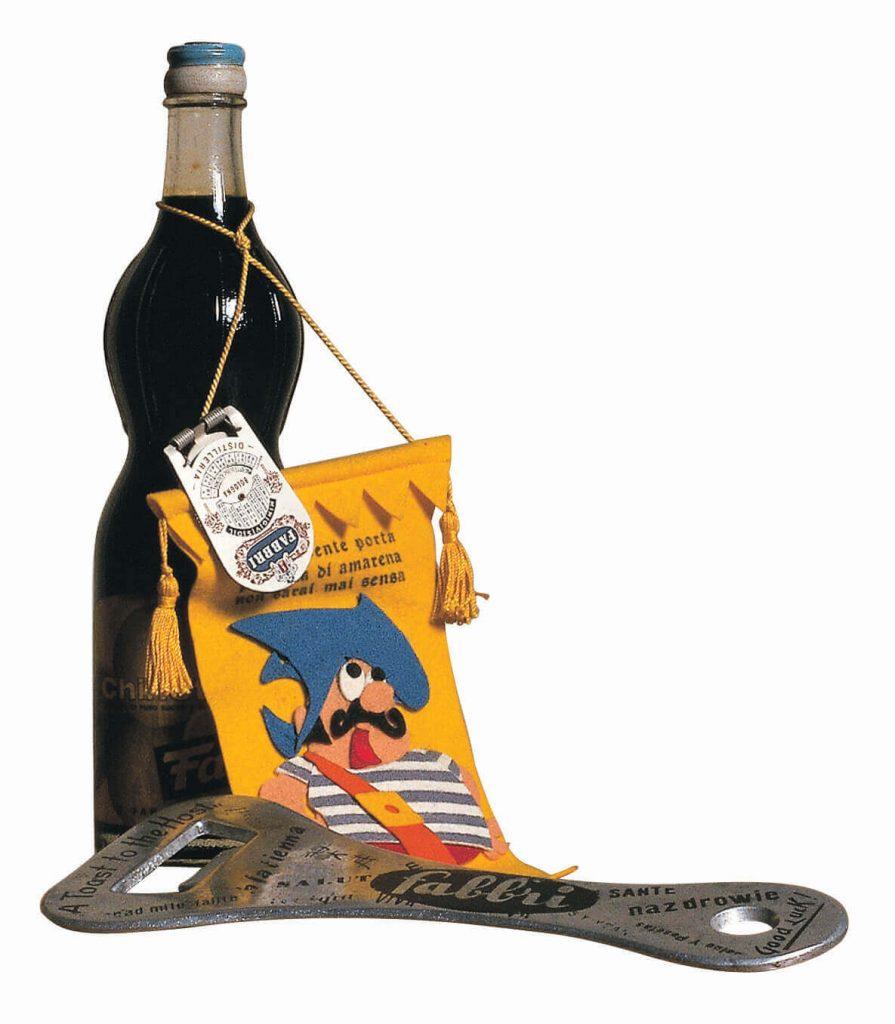 Bottiglia e gagliardetto con salomone + apribottiglie con logo Fabbri