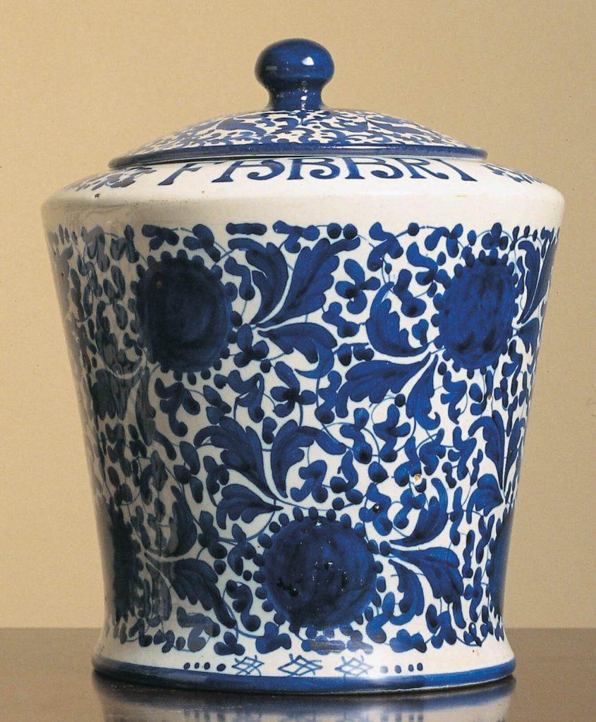 Vaso storico bianco e blu_Amarena Fabbri